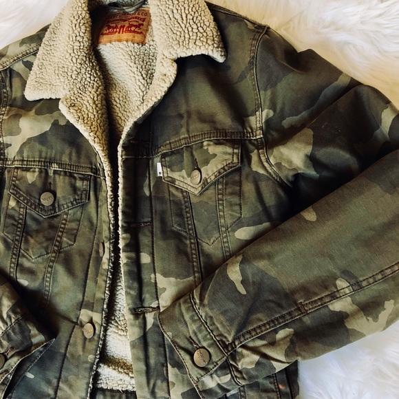 d92359080 Levi s Jackets   Coats